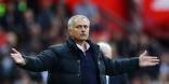 Manchester United quiere retener a como dé lugar a Mourinho