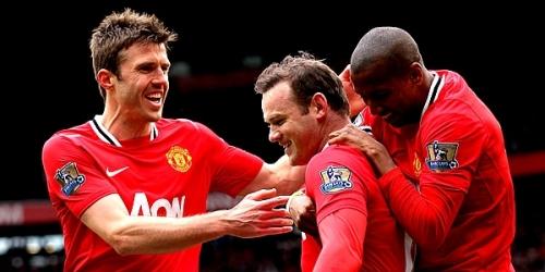Manchester United responde con goleada a la presión del City