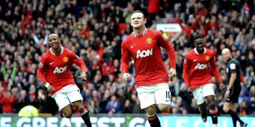 Manchester United se deshace del QPR y se acerca al título