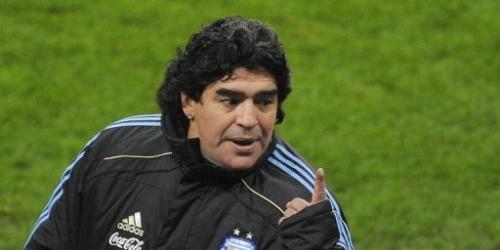 Maradona no convoca ni a Cambiasso ni a Zanetti