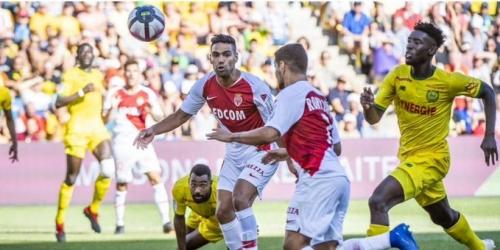 Mónaco se aleja de los lugares de descenso de la Ligue 1