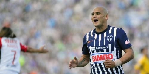 Monterrey gana y se acerca al líder Pumas UNAM