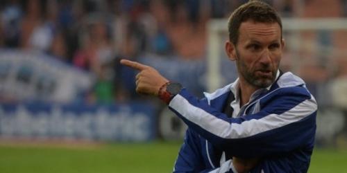 (OFICIAL) Bernardi, nuevo entrenador de Estudiantes de La Plata