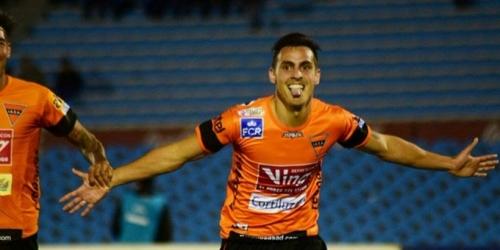 (OFICIAL) Facundo Rodríguez firma con Chacarita Juniors