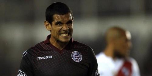 (OFICIAL) José Sand rescindió contrato con Lanús