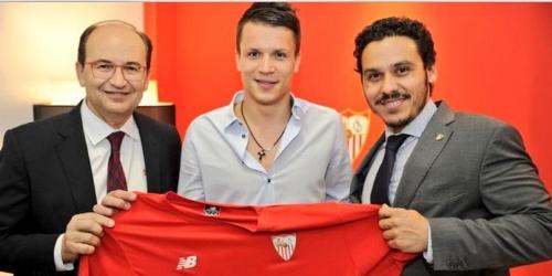 OFICIAL: Konoplyanka es un jugador del Sevilla