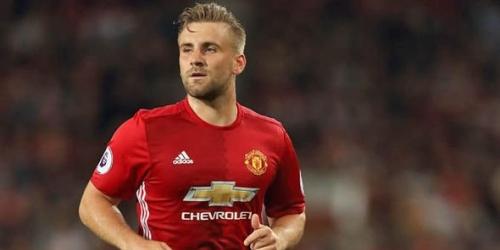 (OFICIAL) Luke Shaw se queda en el Manchester United