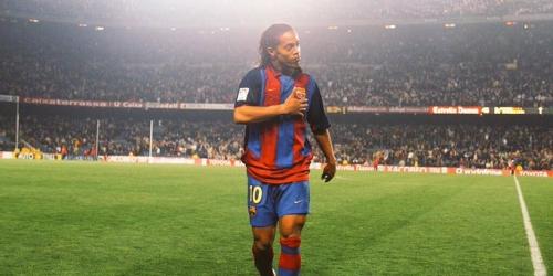 (OFICIAL) Ronaldinho jugará en Perú