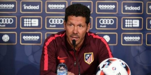 (OFICIAL) Simeone se aleja del banquillo albiceleste y renovará con el Atlético