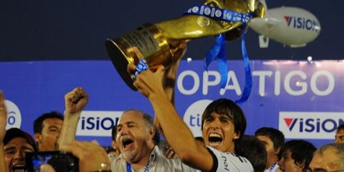 Olimpia vuelve a ser campeón once años después