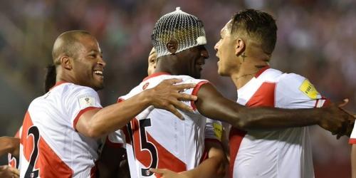 (VIDEO) Eliminatorias, Perú remontó y goleó a Paraguay en su visita a Asunción