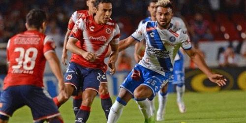 (FOTOS) Peculiar personaje causa sensación el la Liga MX