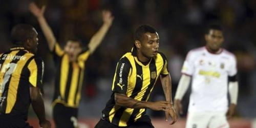 Peñarol a un paso de clasificar en la Copa Libertadores