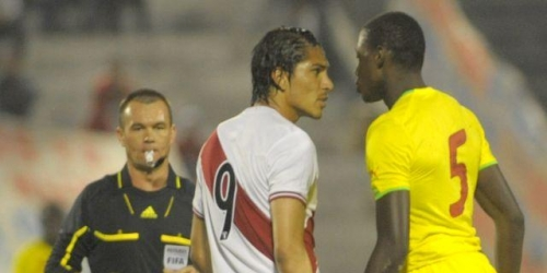 Perú derrotó a Senegal por la mínima diferencia