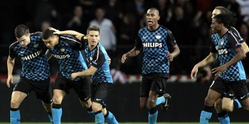 PSV Eindhoven y PSG son primeros en sus ligas