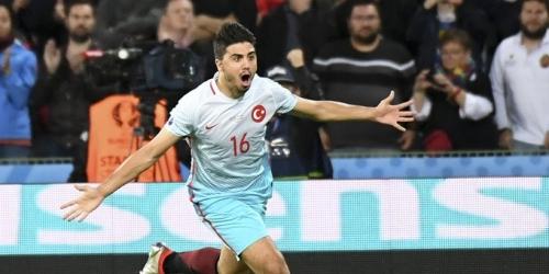 (VIDEO) Eurocopa, Turquía derrotó 2-0 a República Checa y espera en la clasificación
