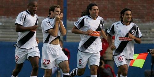 River Plate derrotó a Rampla Juniors y es el nuevo líder