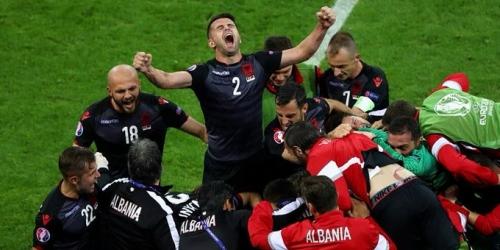 (VIDEO) Eurocopa, Albania consiguió su primera victoria y eliminó a Rumania en el Grupo A