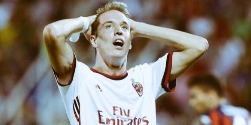 (RUMOR) El AC Milan buscaría reemplazo a Andrea Conti