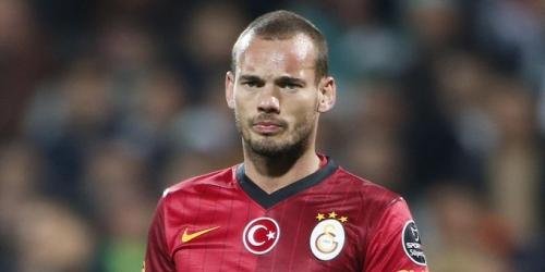(RUMOR) Niza, tratan de convencer a Sneijder con la Champions
