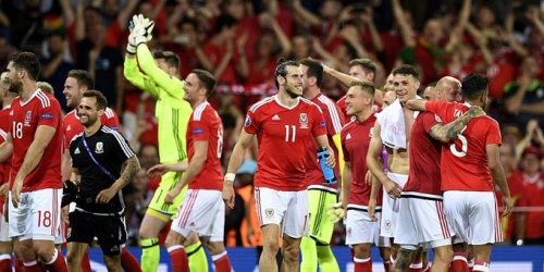 (VIDEO) Eurocopa, Gales goleó a Rusia y terminó como líder del Grupo B