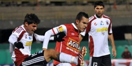 Santa Fe superó 2-1 al Caracas en la altura de Bogotá