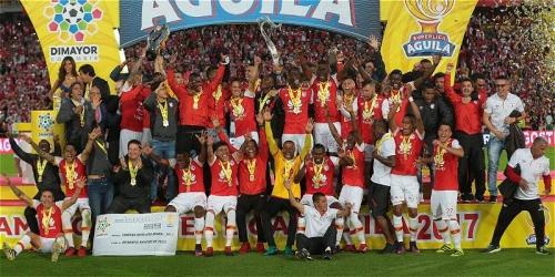 (SÍNTESIS) Colombia, el Independiente Santa Fe se llevó el primer título del año