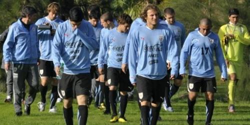 Uruguay parte rumbo al Mundial de Sudáfrica