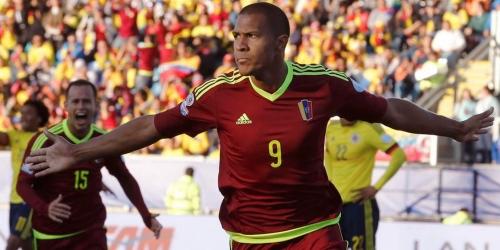 Venezuela sorprendió al favorito Colombia (1-0)