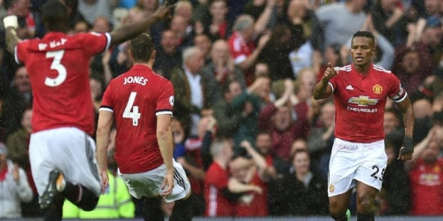 (VIDEO) El Manchester United goleó al Everton en el Old Trafford