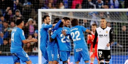 (VIDEO) El Valencia perdió el invicto frente al Getafe y se alejó del FC Barcelona