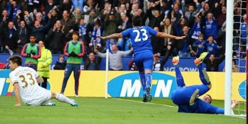 (VIDEO) Inglaterra, el Leicester goleó y está a un paso del título