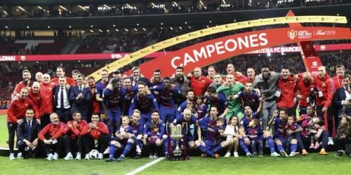 (VIDEO) Iniesta se despide del Barça quedando campeón de la Copa del Rey