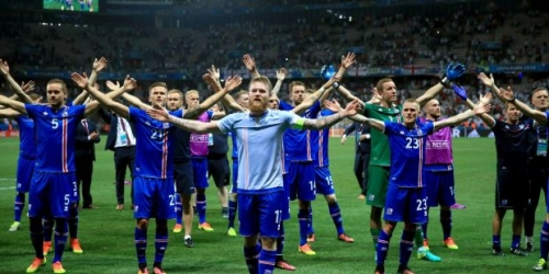 (VIDEO) Islandia venció a Turquía y está a un paso de del Mundial