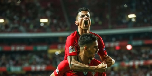 (VIDEO) Portugal supera a Italia por la mínima diferencia