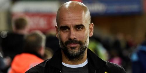 Aficionados del City respaldan la causa de Guardiola