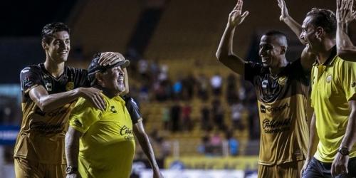 Dorados obtienen su primera victoria de la mano de Diego Maradona