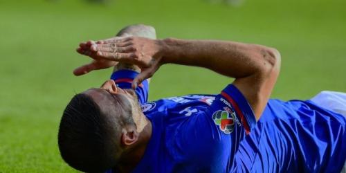 (Video) El Cruz Azul de Ángel Mena perdió ante el Queretaro