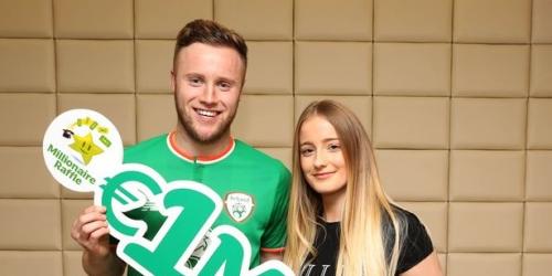 El defensa irlandés Kevin O'Connor se ganó la lotería
