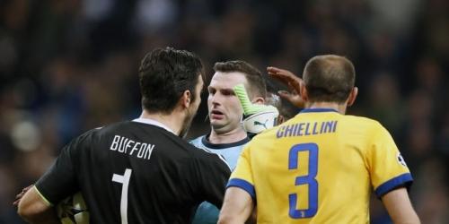 Esposa de árbitro Madrid vs Juventus es amenazada de muerte