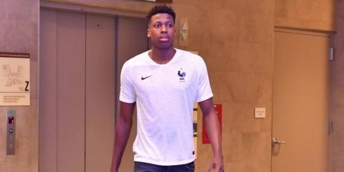 (FOTO) Se revela la indumentaria de Francia para el Mundial