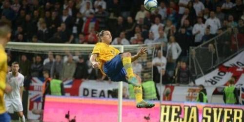 """Zlatan: """"Cristiano marcó un hermoso gol, pero debería intentarlo desde 40 metros y ver si entra"""""""