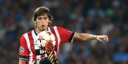 Iturraspe sufre lesión durante el partido ante el Real Madrid