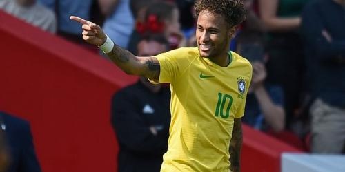 Neymar entra en la lista de los tres máximo goleadores de Brasil
