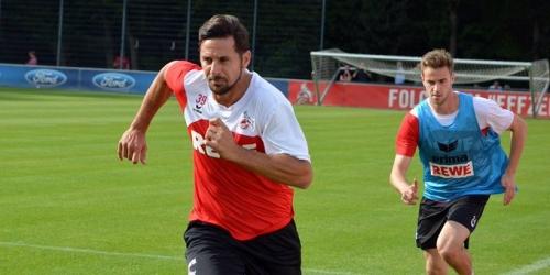 (OFICIAL) Claudio Pizarro es nuevo jugador del Colonia