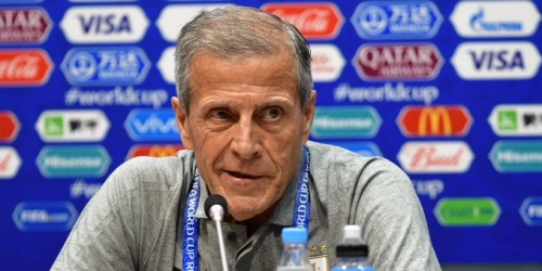 """(OFICIAL) El """"maestro"""" continuará dirigiendo a Uruguay"""