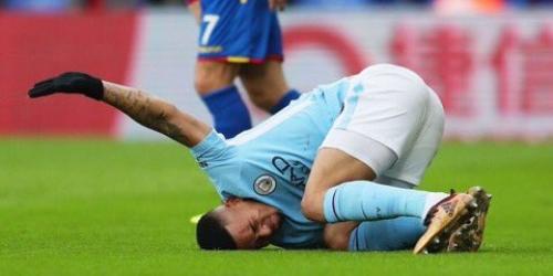 (OFICIAL) Gabriel Jesús estará fuera de las canchas algunas semanas tras lesión en rodilla