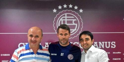 (OFICIAL) Lanús ya tiene nuevo director técnico