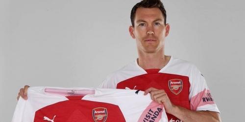 (OFICIAL) Lichtsteiner es el primer fichaje del Arsenal para la nueva temporada