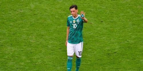 (OFICIAL) Mesut Ozil se retira de la selección alemana